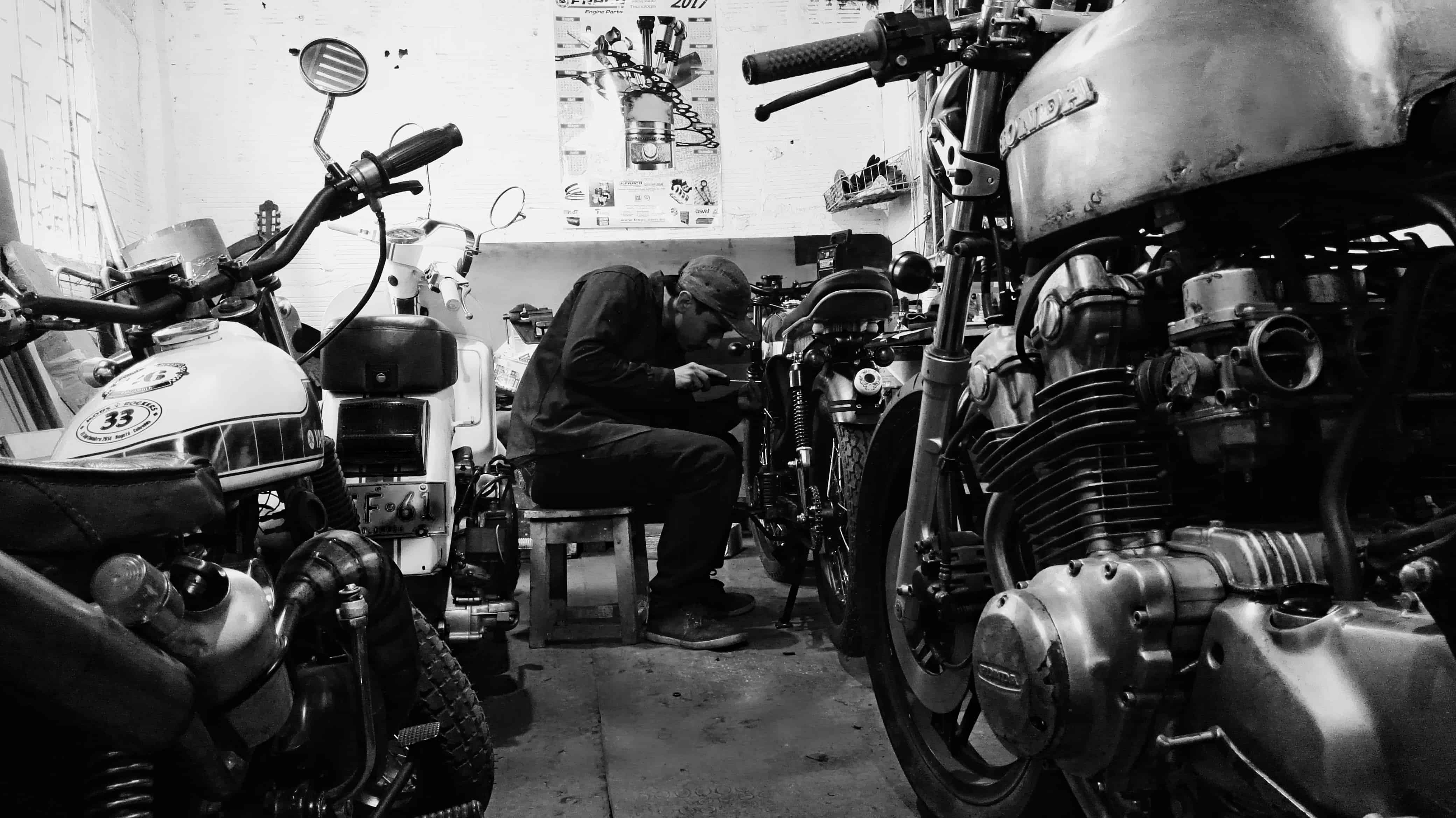 taller cultura cafe racer colombia