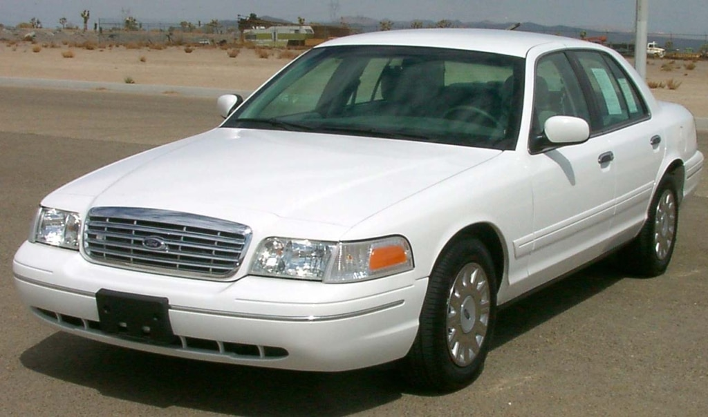 Auto Glass Repair and Replacement for Ford Crown Victoria