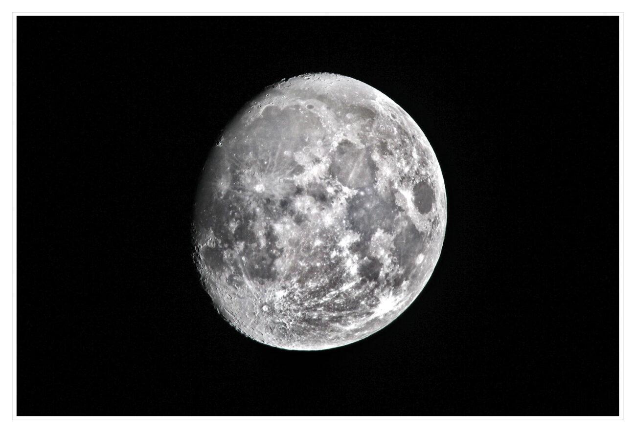 A80G1133 moon