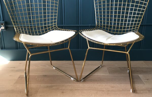Replica Bertoia Chair with White Cushion – Set of Four Chairs – DESIGNER SAMPLE SALE