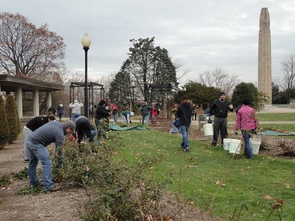Winterizing A Garden Workshop 2010 – 7