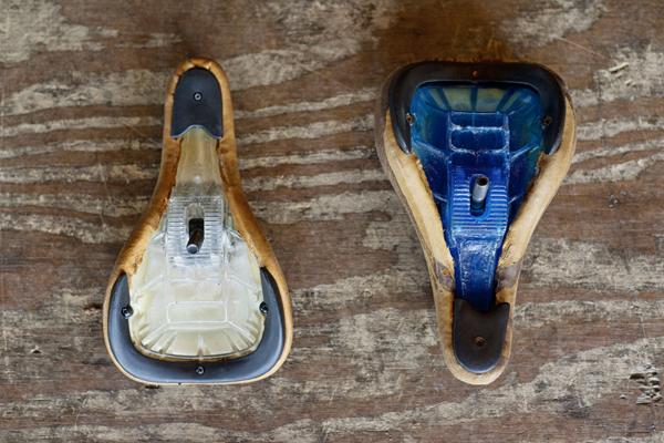 Pivotal BMX seat pan