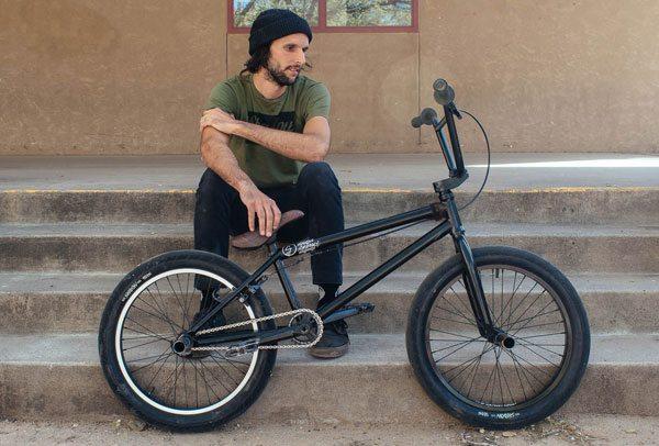 johnny-devlin-bike-check-shadow-conspiracy