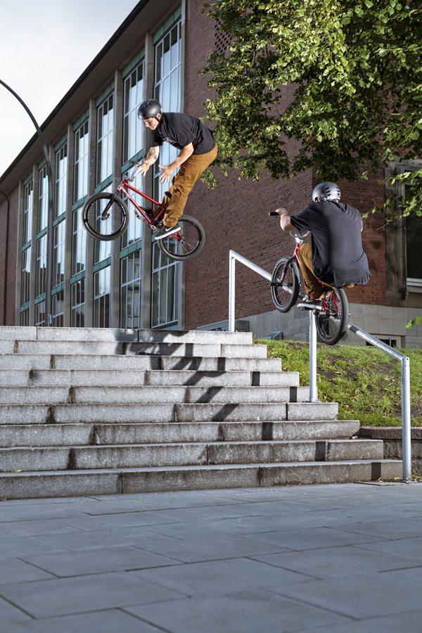 leon-hoppe-double-peg-hard-180-barspin-radio-bikes-bmx