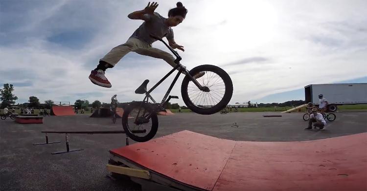 Dan's Comp 2017 Parking Lot Jam BMX video