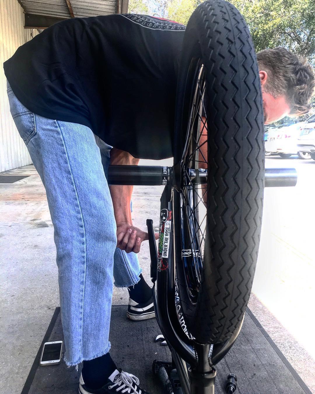 Subrosa Brand Sawtooth Tire BMX
