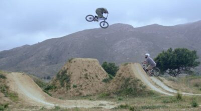 Fingerscrossed BMX bike test video