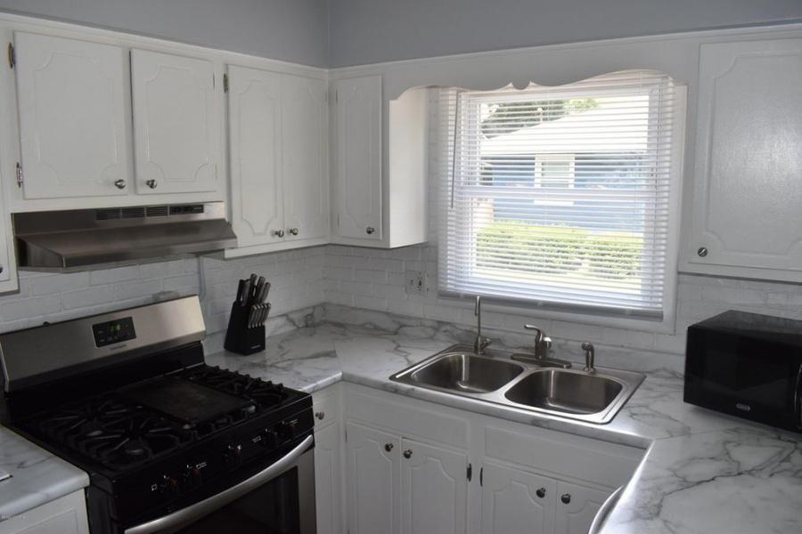 1705 Buena Vista St., Kalamazoo, Michigan 49001, 4 Bedrooms Bedrooms, 3 Rooms Rooms,2 BathroomsBathrooms,House,For Sale,Buena Vista St.,1011