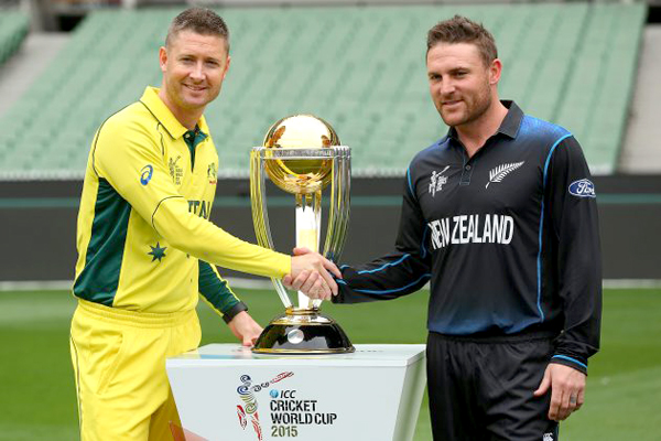 Michael Clarke (left) and Brendon McCullum shook hands with the ICC Cricket World Cup Trophy in the background. Photo: ICC