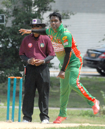 MD Kamruzzaman picked up 4 for 21. Photos by Shiek Mohamed