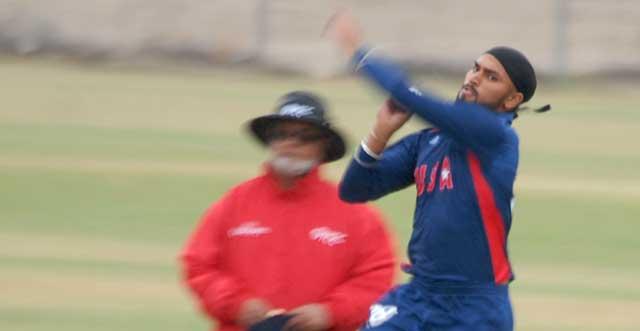 Jasdeep Singh bowling