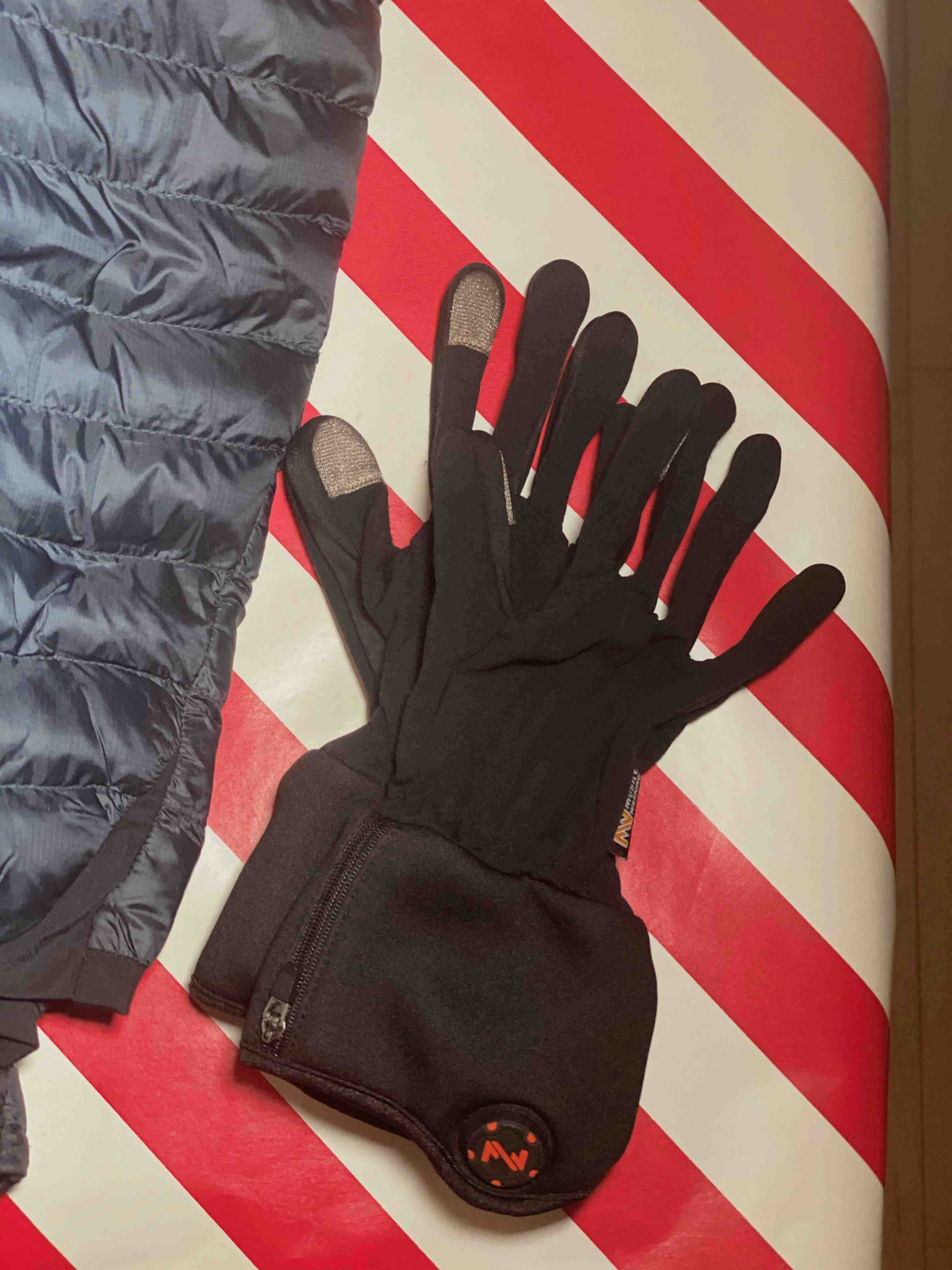 Fieldsheer Heated Glove Liners To Keep You Warm In The Outdoors