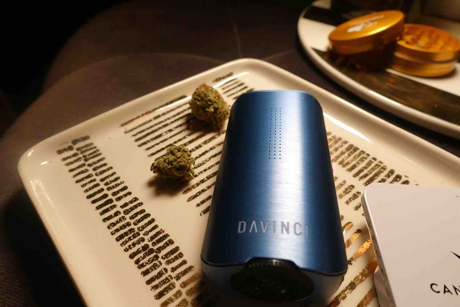 Davinici 1Q2 Is The Perfect 420 Gift