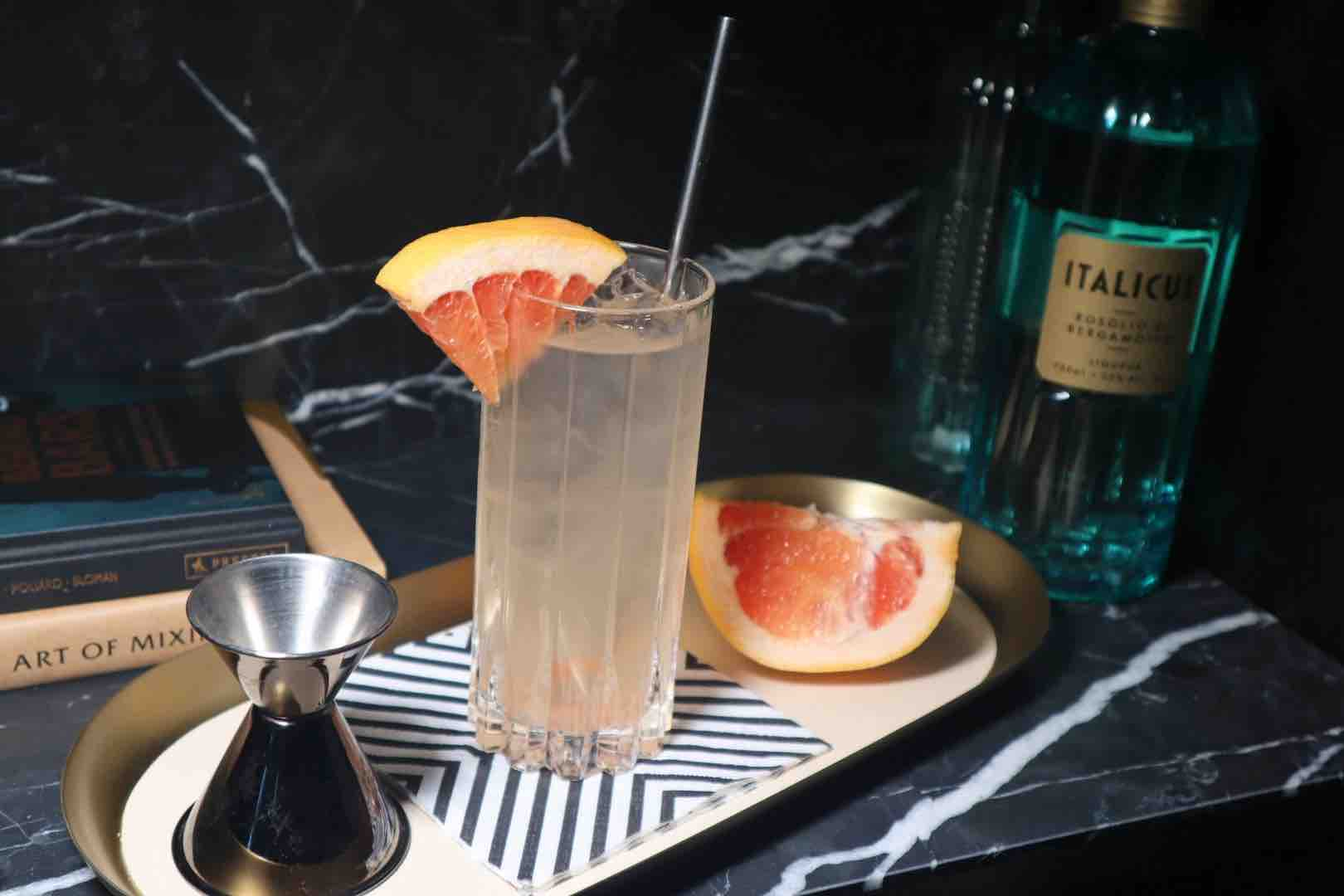 Best Italian Cocktails To Lift Your Spirits This Summer