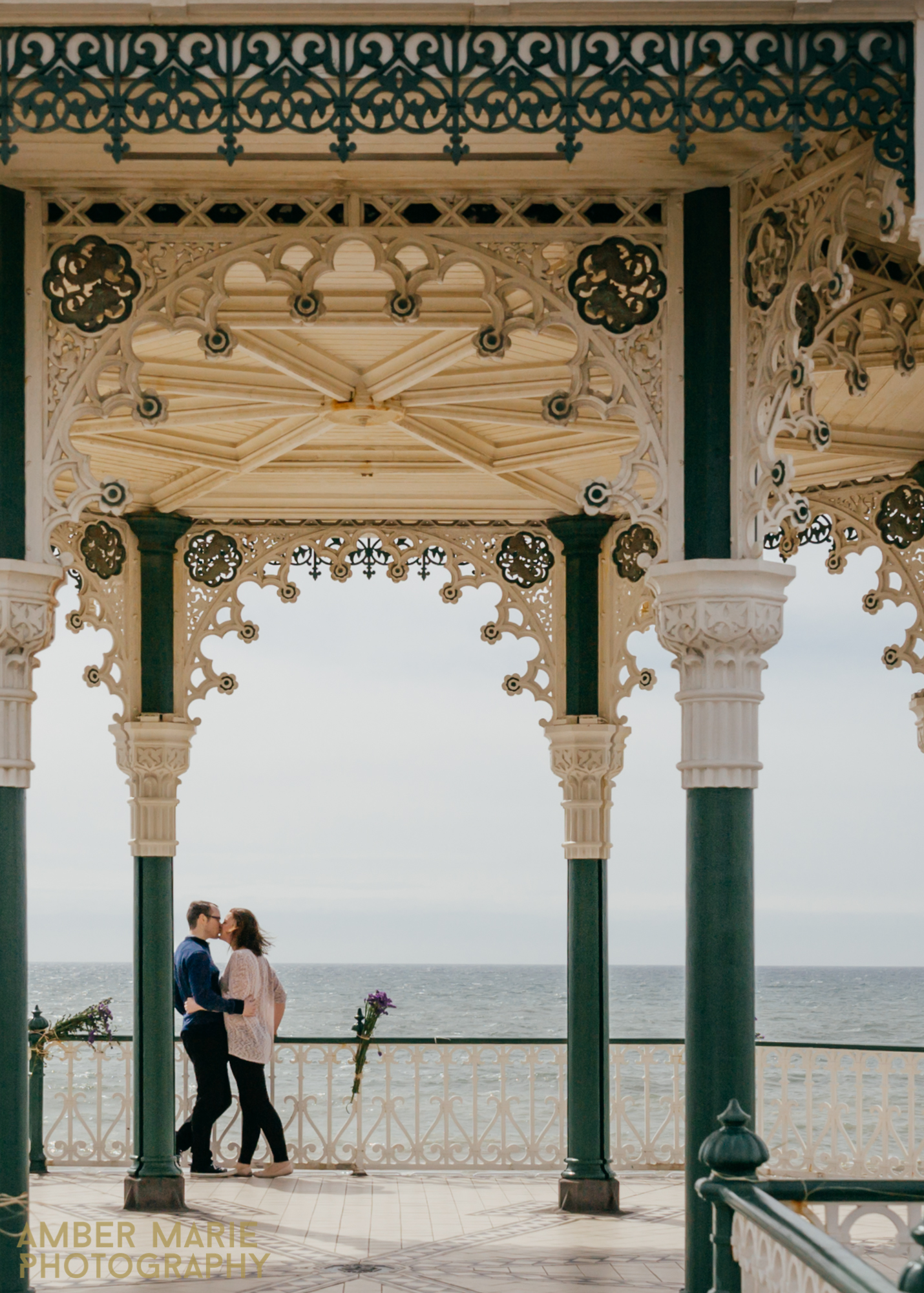 Creative and relaxed wedding photography brighton
