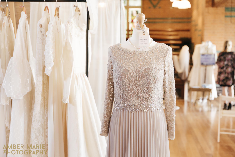 Cheltenham-vintage-wedding-fair-creative-wedding-photographer-9