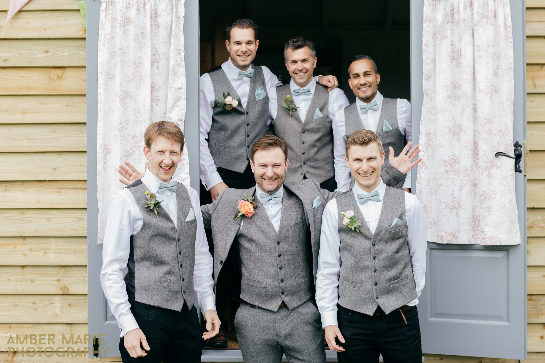 Creative wedding photography oxford springfield lake wedding