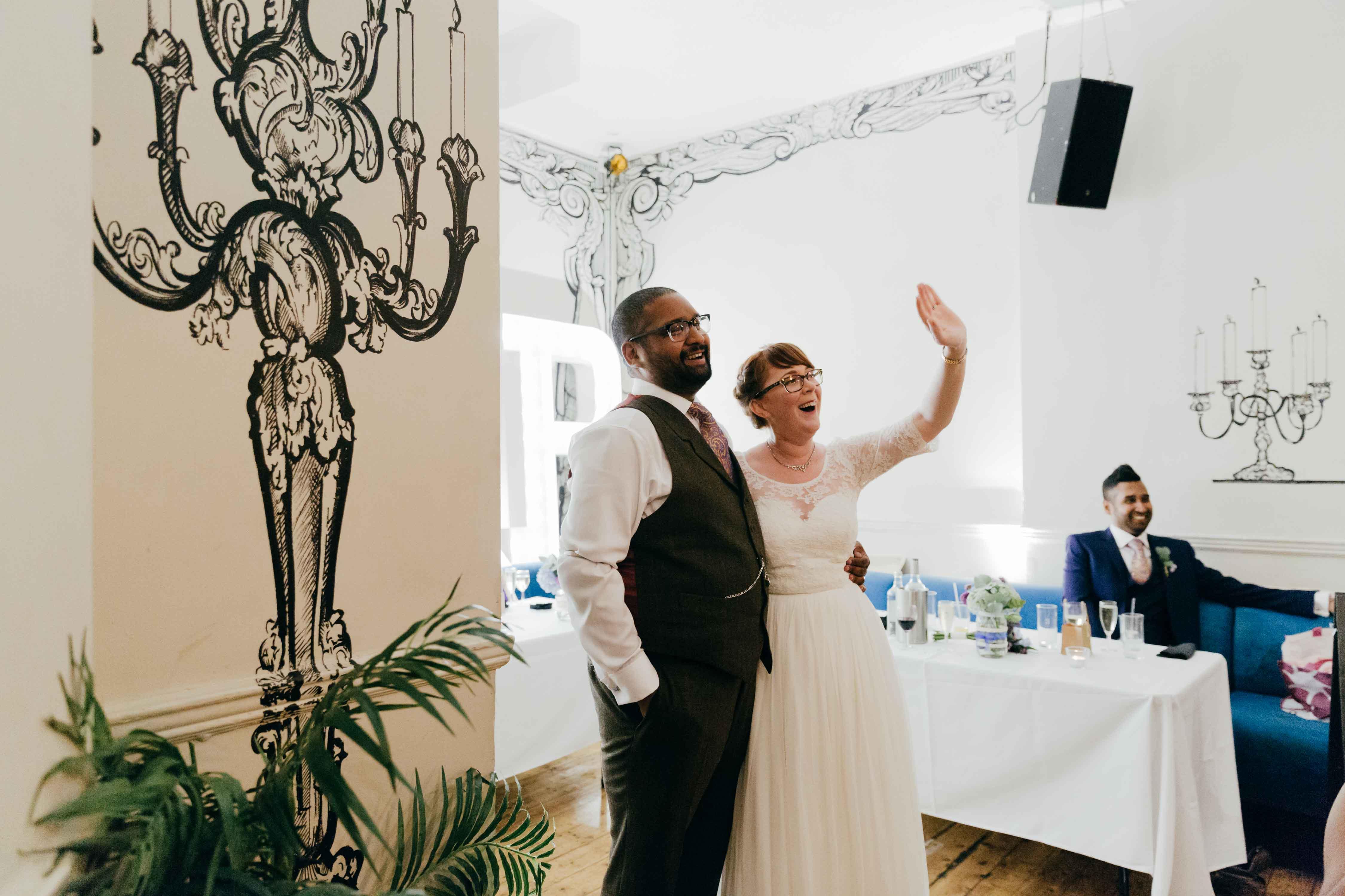 st-johns-islington-wedding-photography-london-creative-wedding-photographers-yorkshire-leeds00149