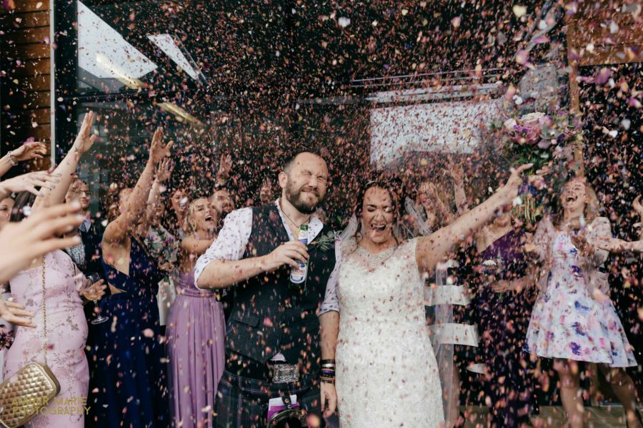 Gillian & Johnny's colourful city wedding