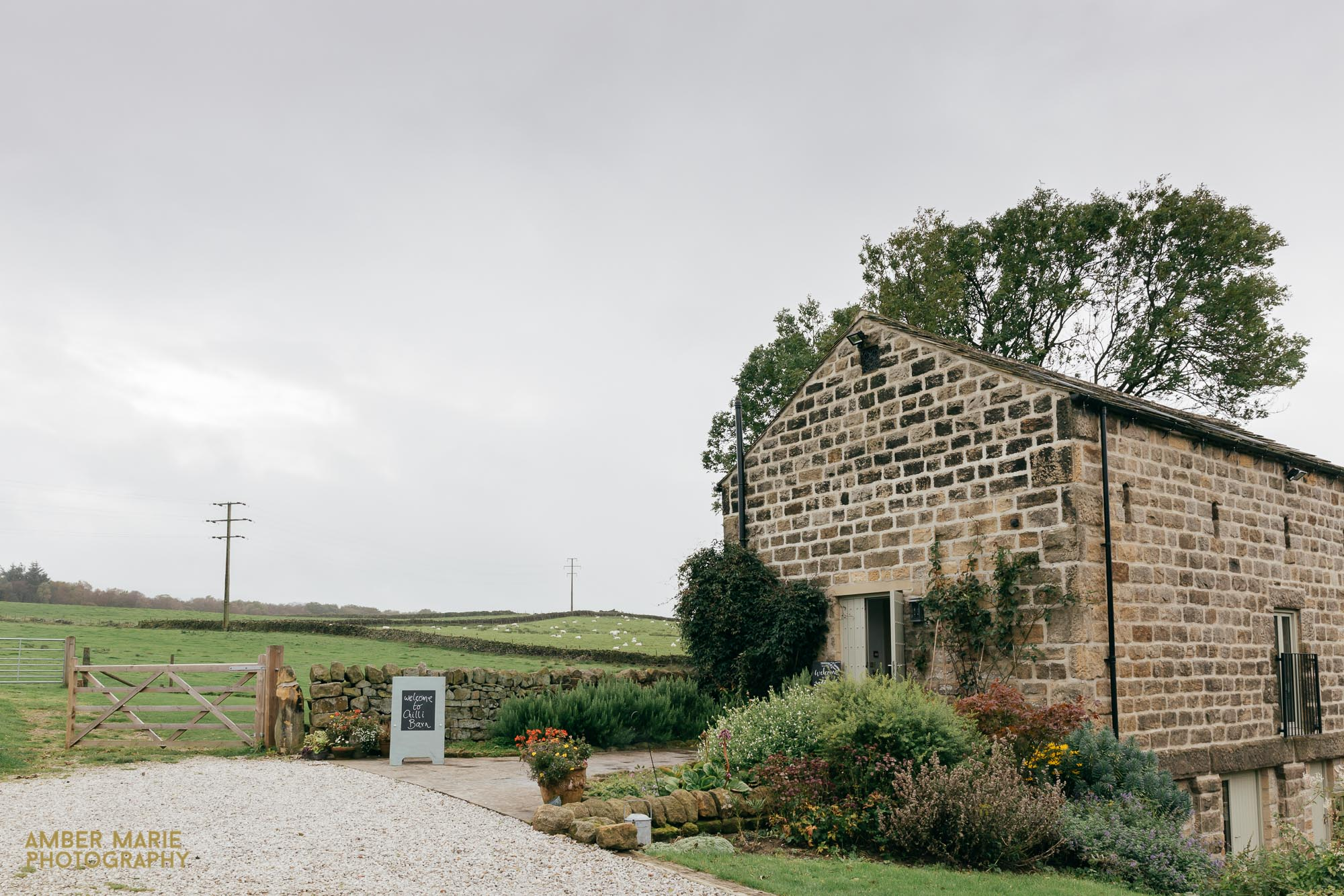 Barn Wedding Photographer Gloucestershire