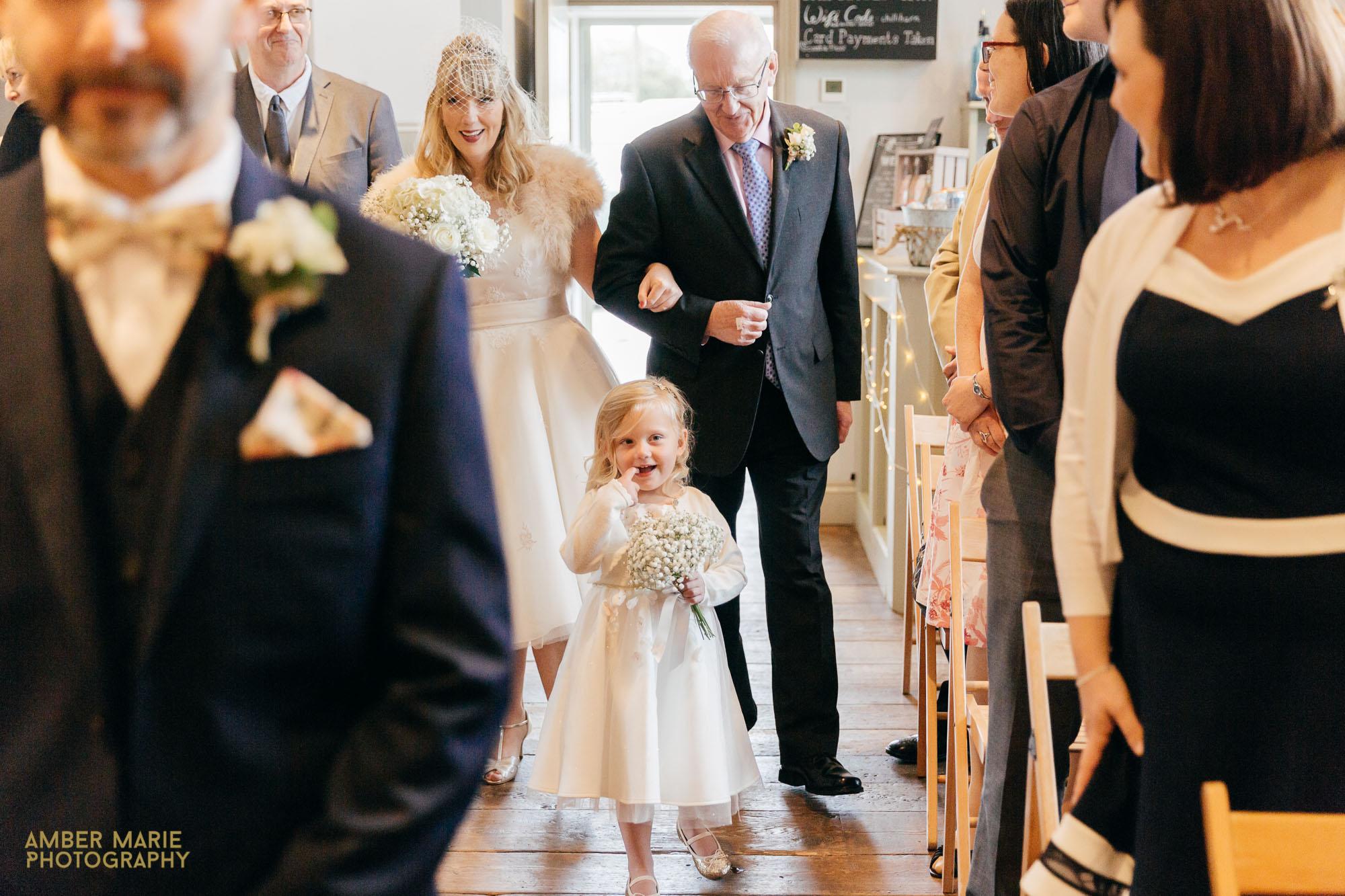 Chilli Barn Wedding Photographer Gloucestershire