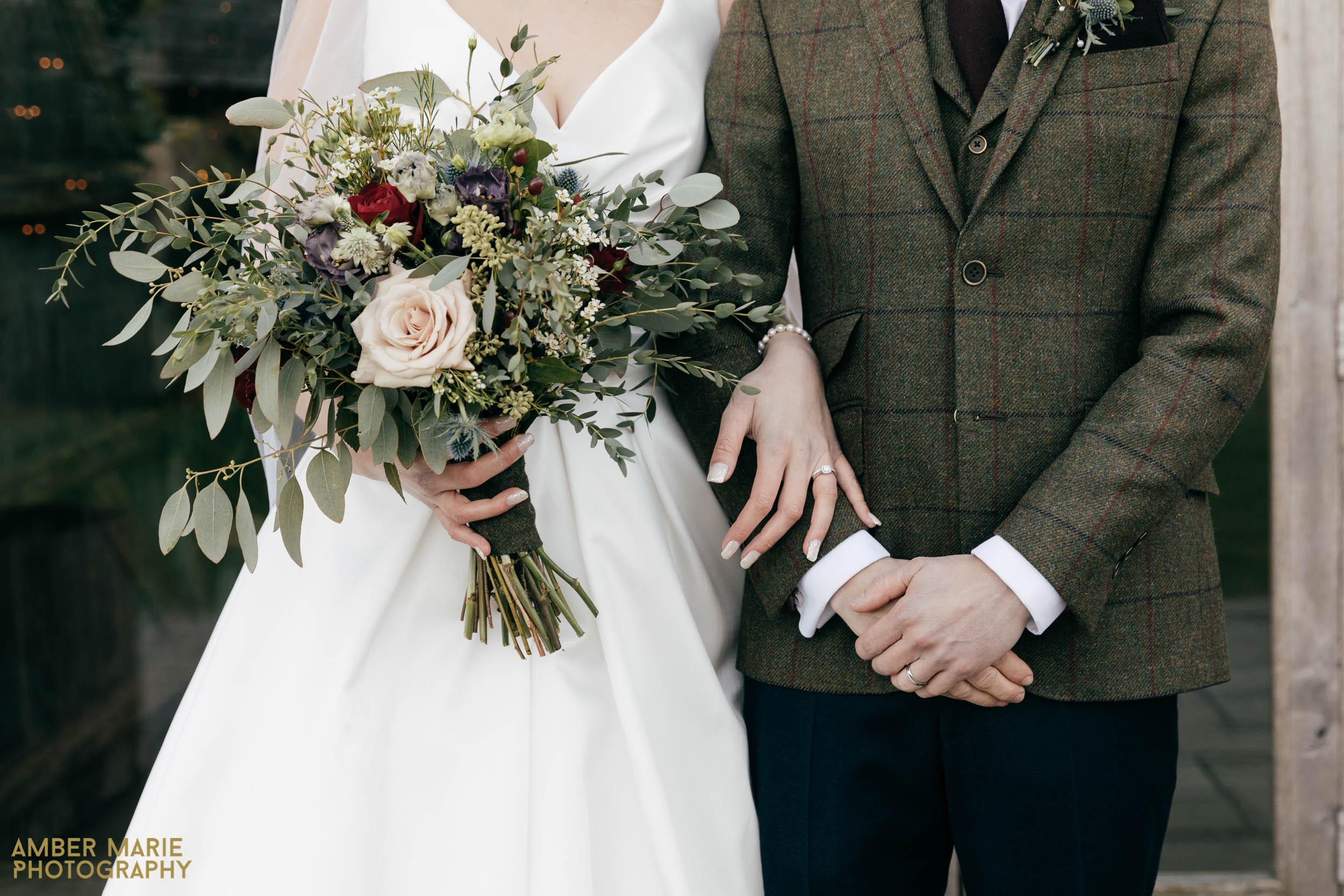 cripps barn wedding by creative wedding photographer gloucestershire