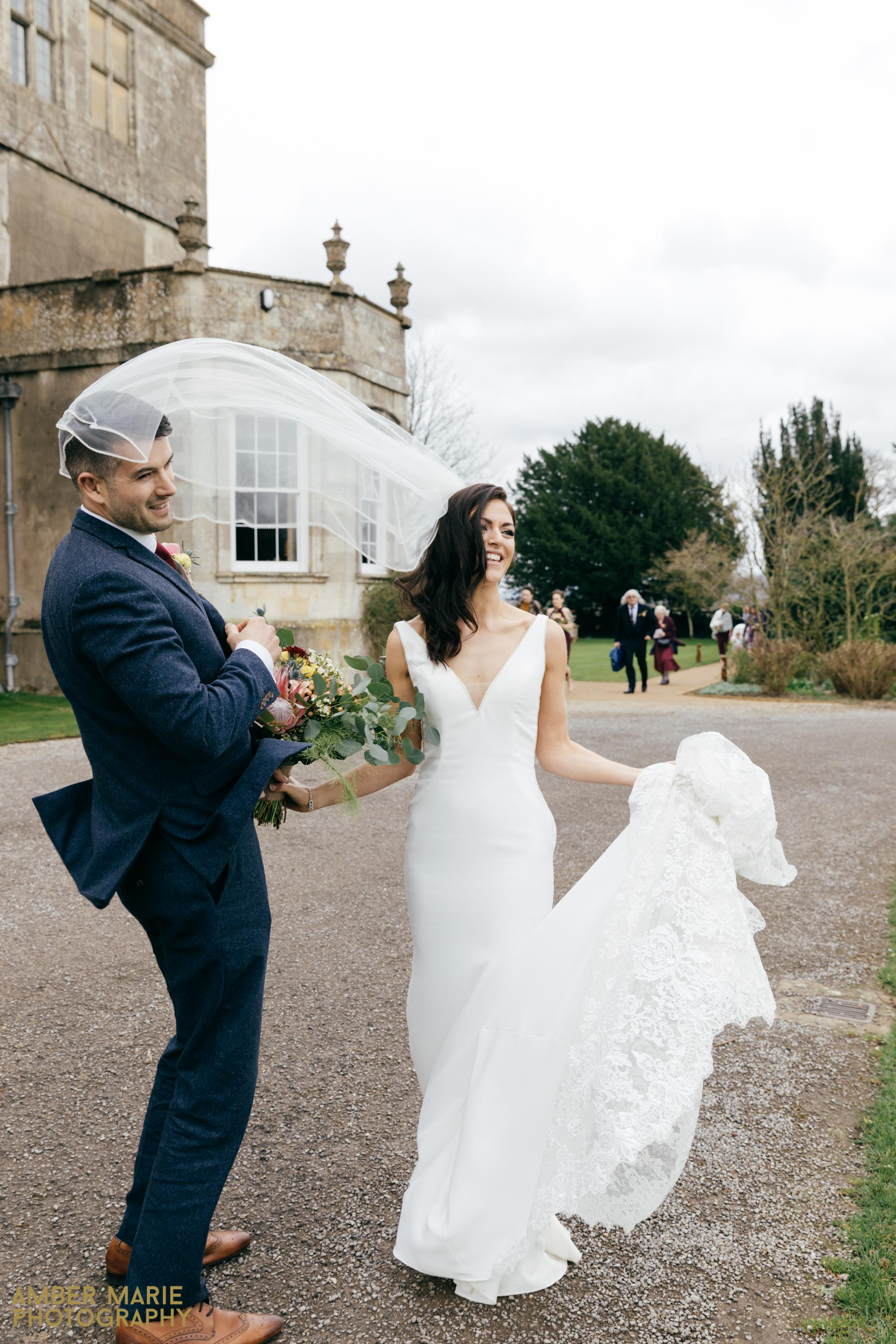 Elmore Court Wedding by Creative Wedding Photographer Gloucestershire