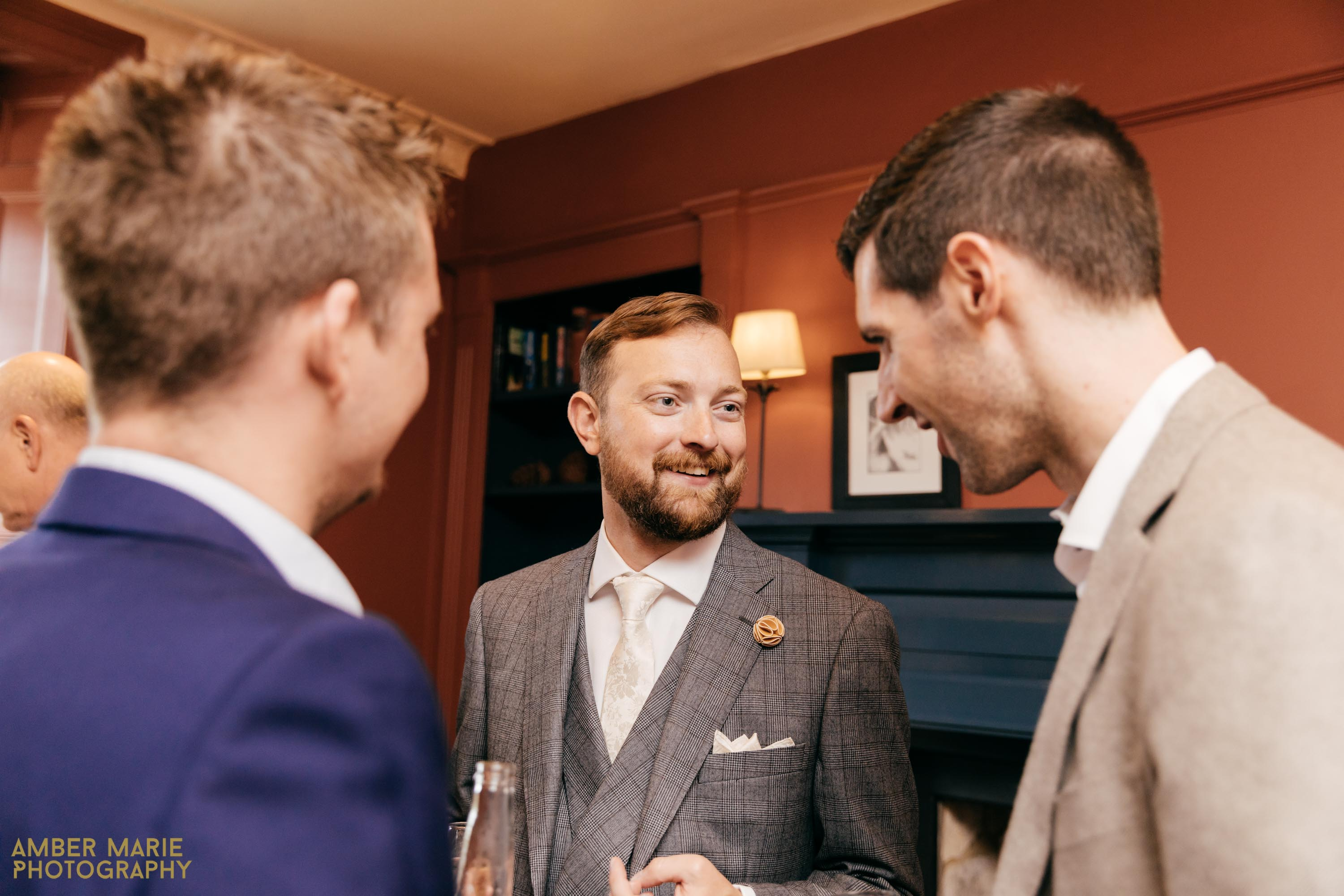 swan hotel wedding by cotswolds wedding photographer