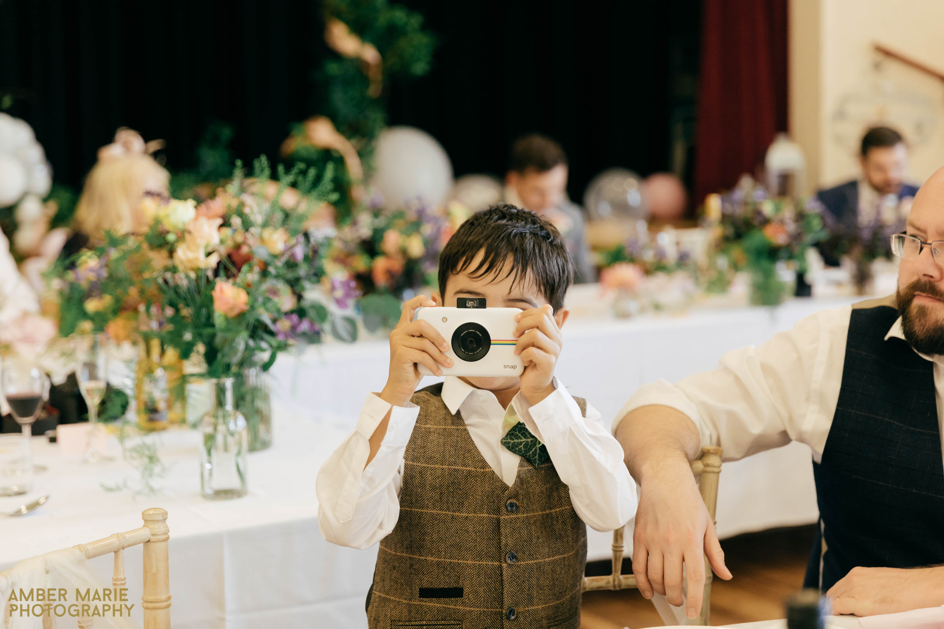 kids at wedding by creative cotswolds wedding photographer