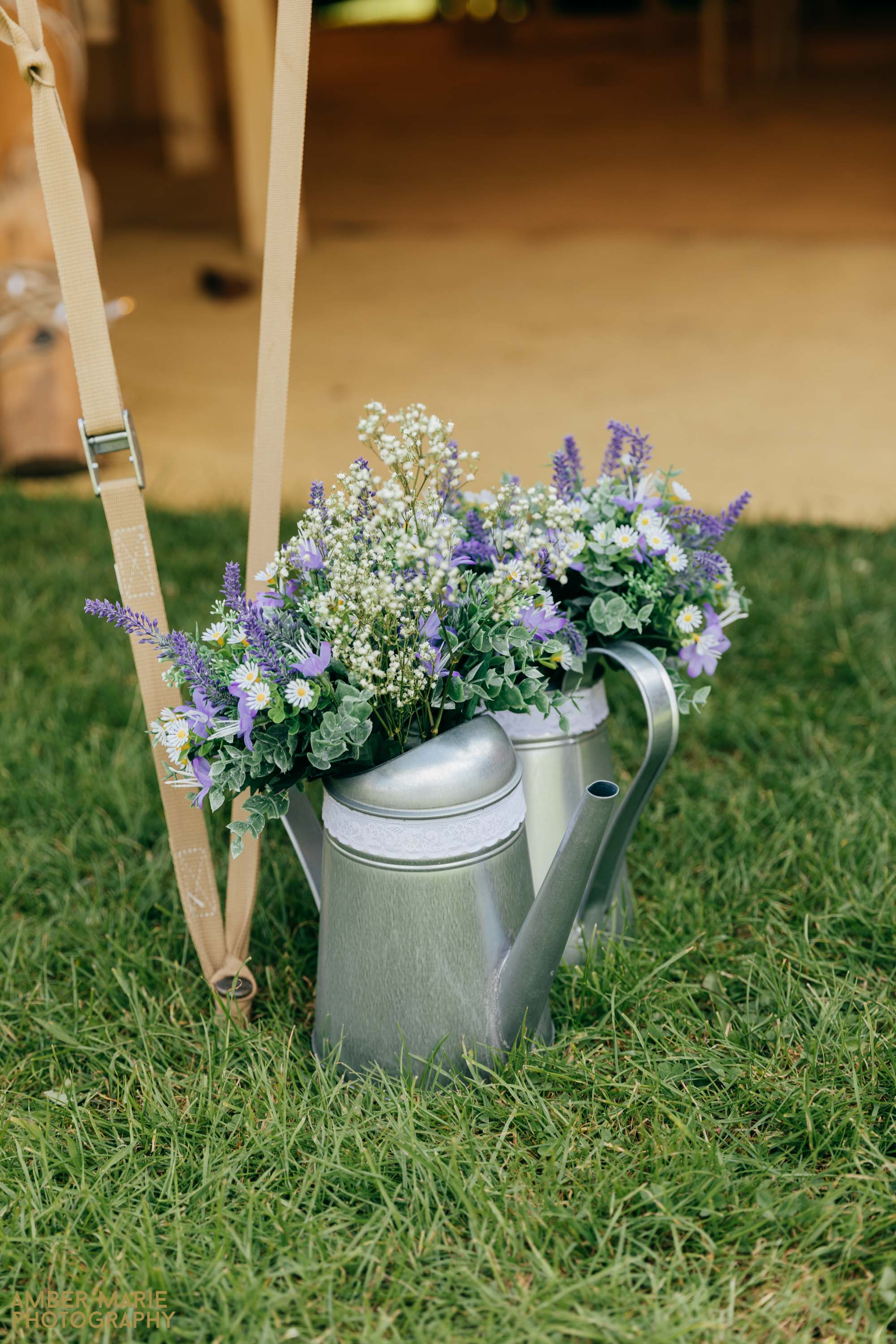 rustic tipi wedding in the cotswolds