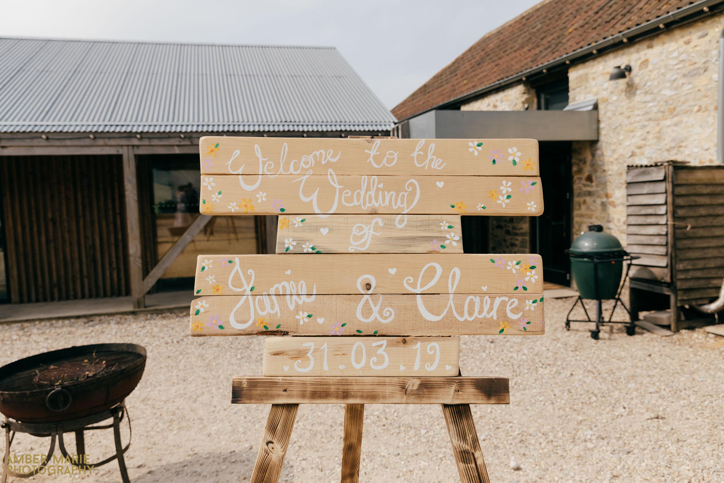 rustic river cottage wedding