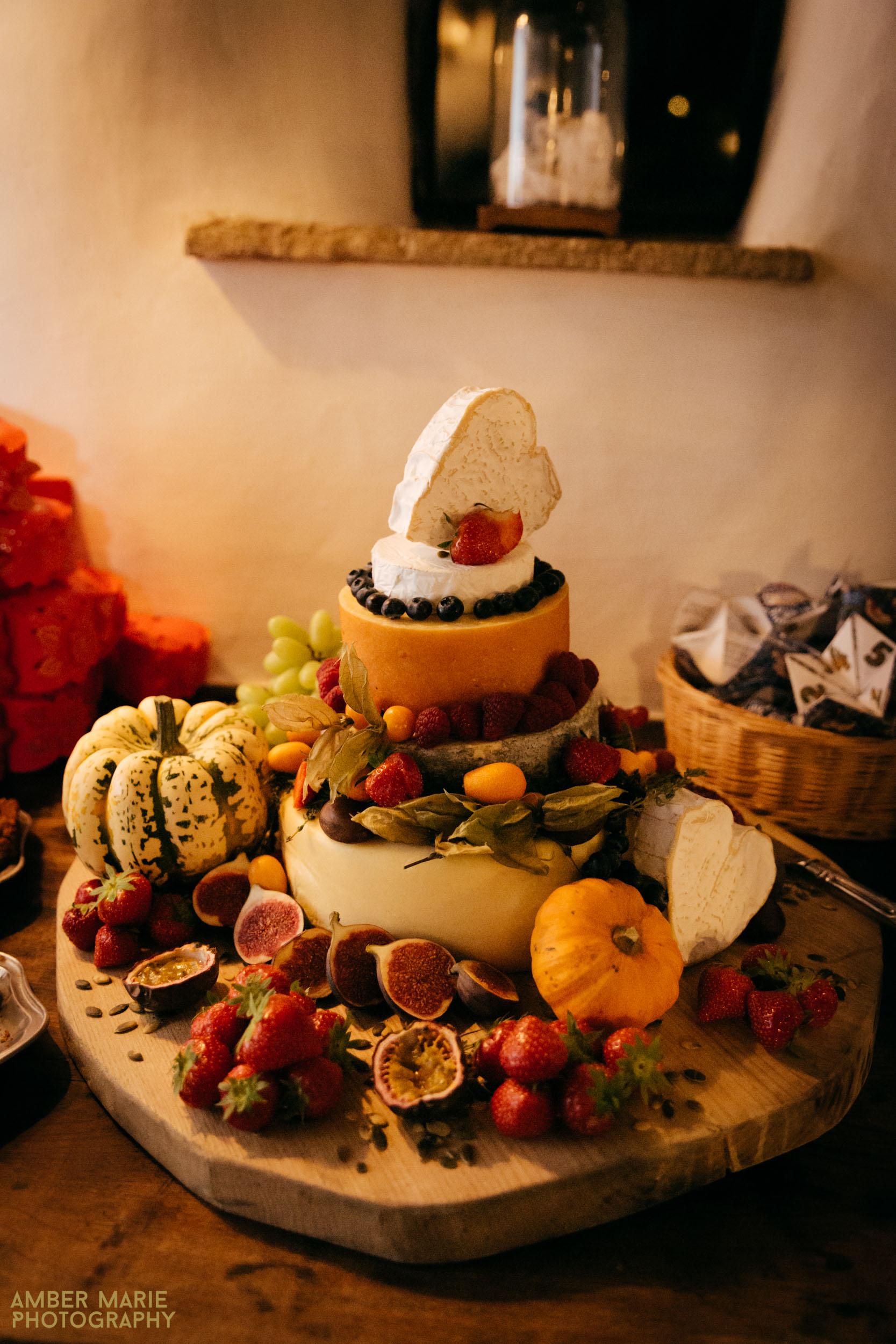 wedding cheesecake at stylish halloween wedding cotswolds