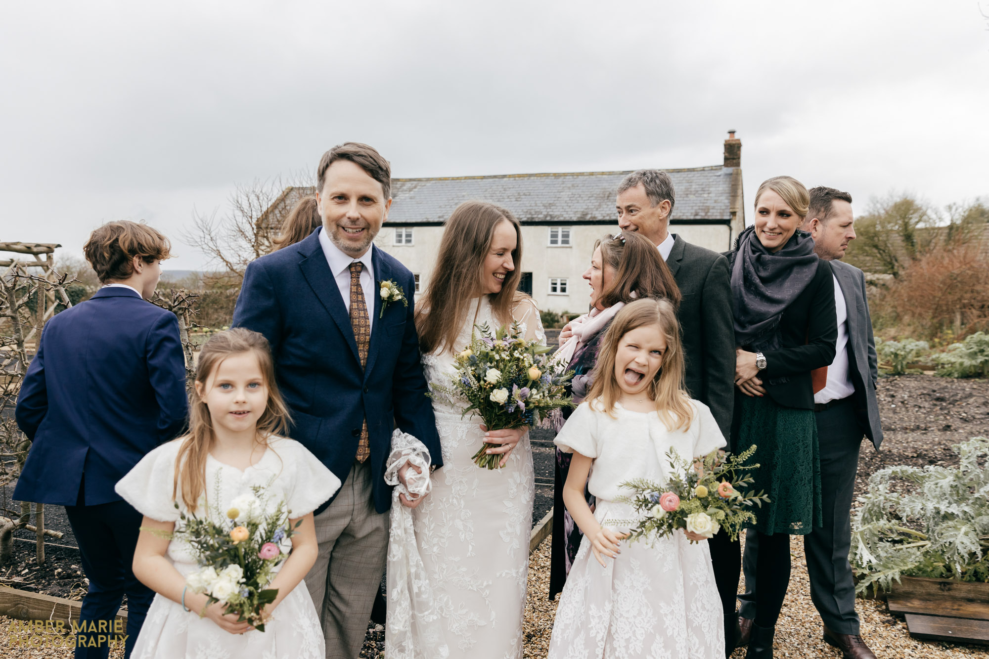creative cotswolds wedding photographer