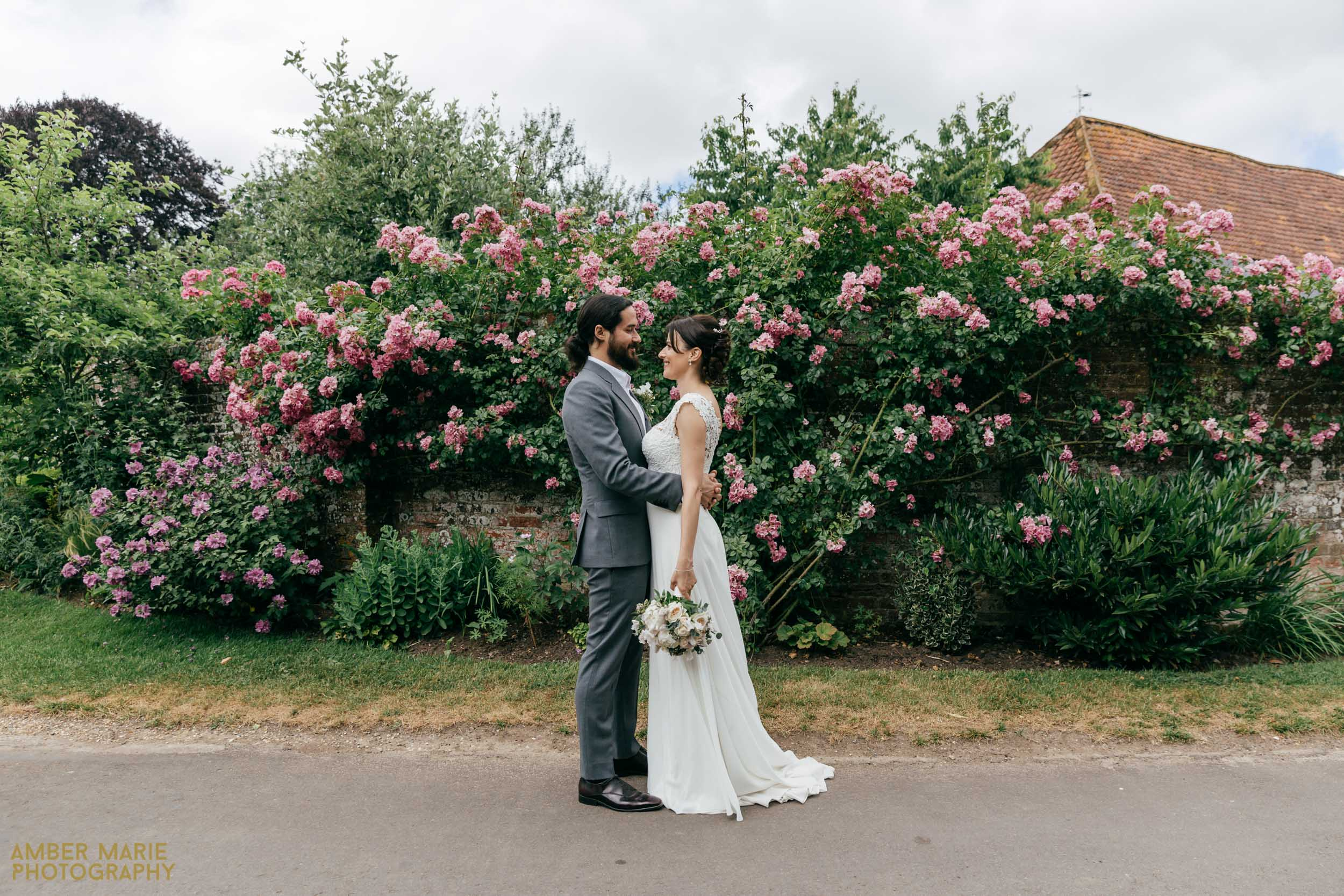 Creative Hampshire wedding photographer
