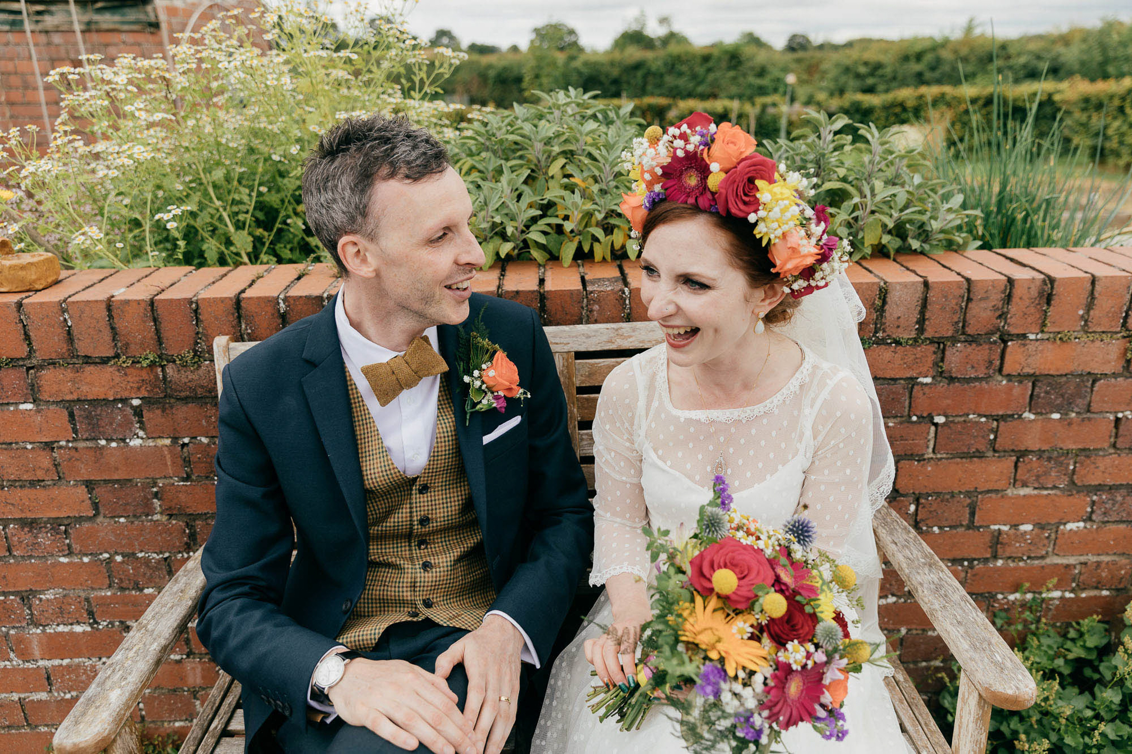 natural wedding photos of couple with vintage inspired style at bromwhich park farm