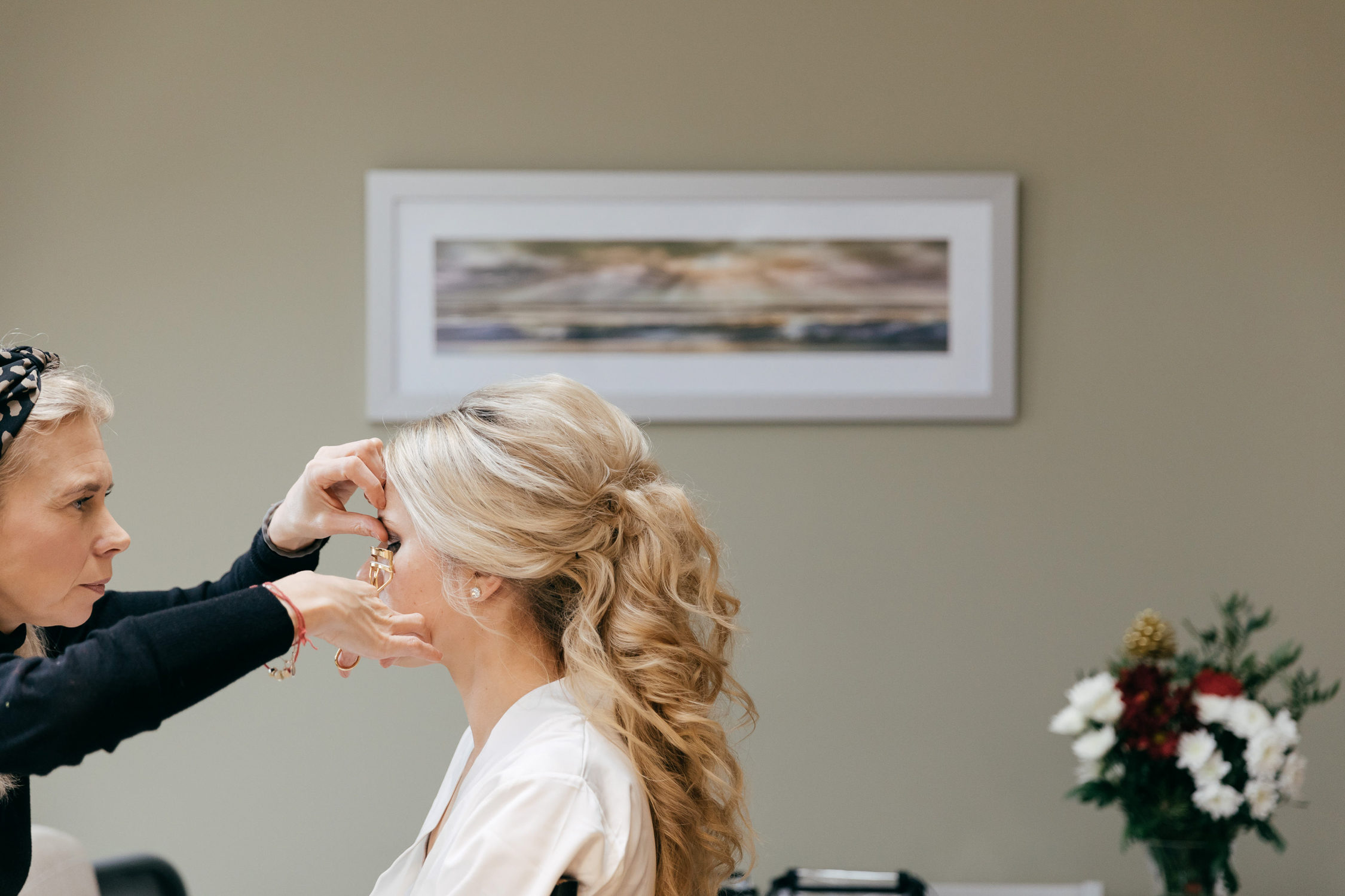 natural wedding photography of bride getting ready