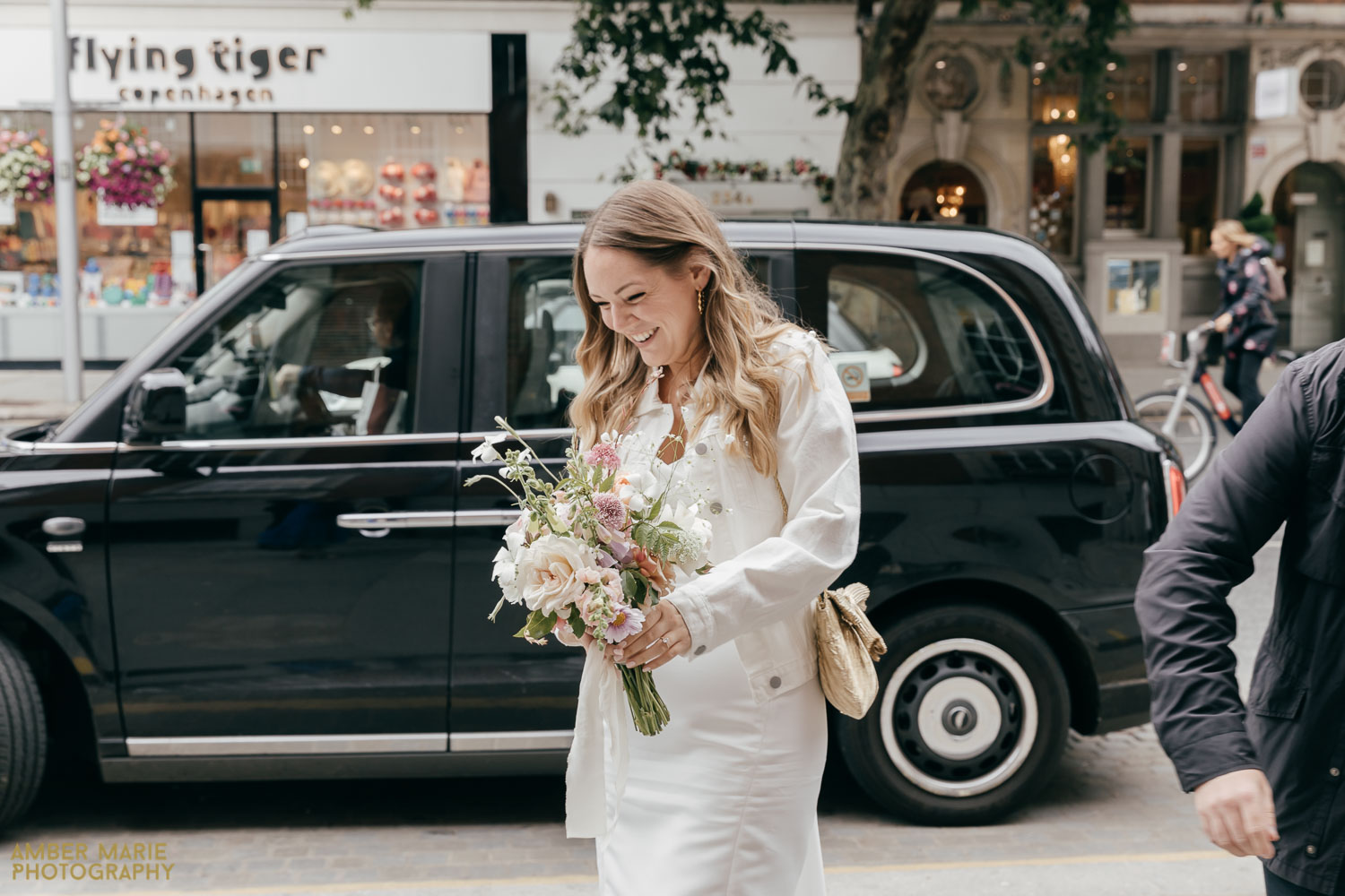 Old Chelsea Town Hall Wedding Photographer