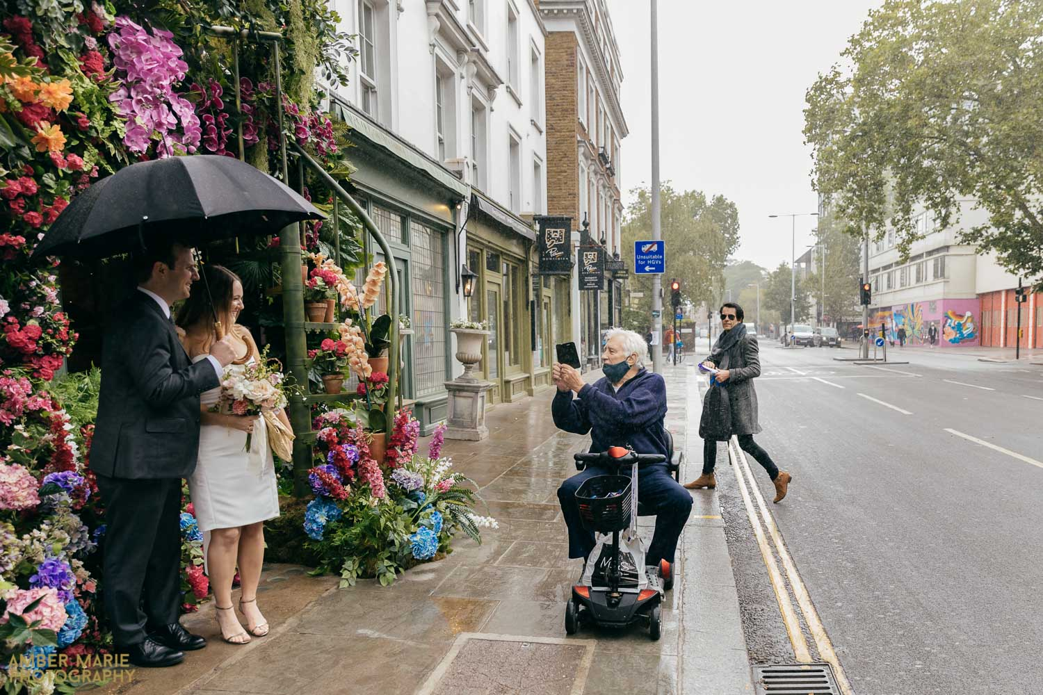 Candid wedding photography from chelsea town hall wedding photographer