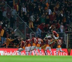 Seskim_Galatasaray_vs_Fenerbahce_060414 (16)