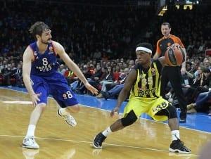 Seskim_vy_AnadoluEfes_v_Fenerbahce_050216 (28)