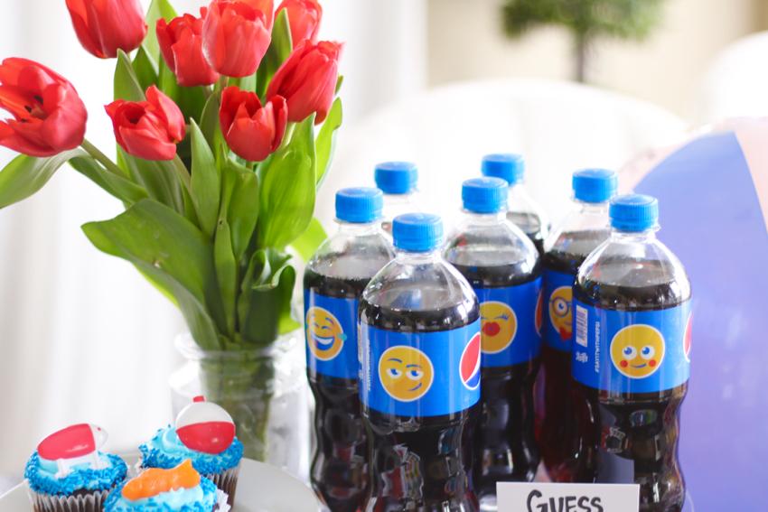 Pepsi Emoji - 11
