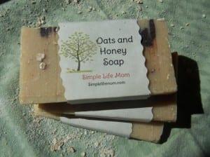 Oatmeal and Honey Soap #Homemade #Natural #Soap
