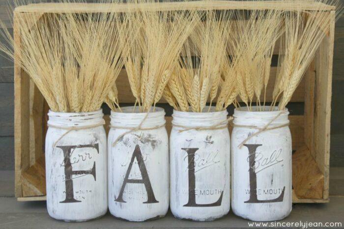 11-DIY-Fall-Decorations-Fall-Mason-Jars