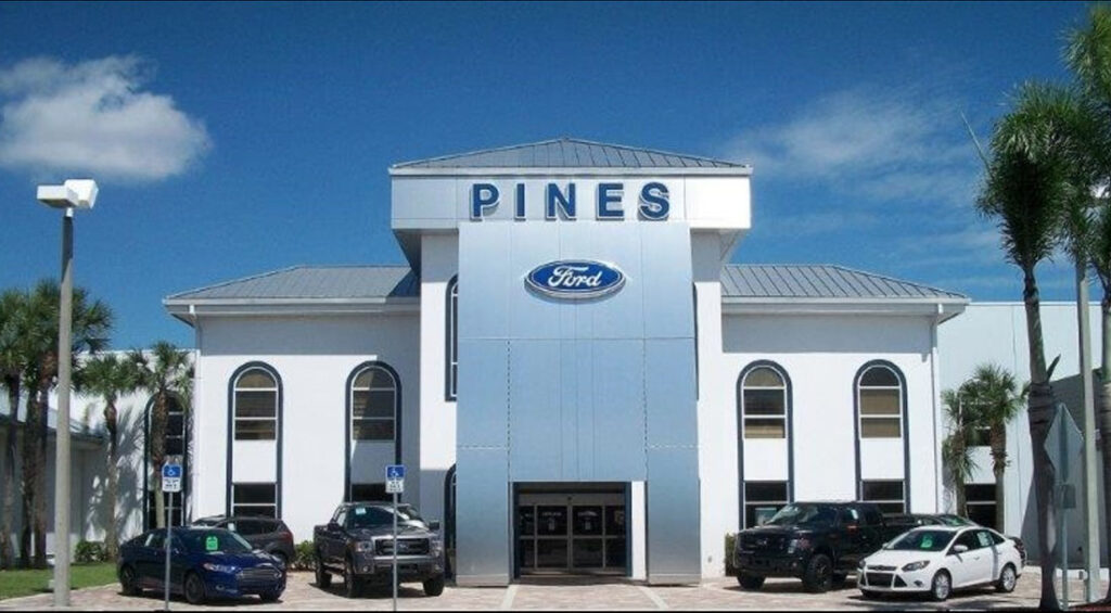Pines Ford Lincoln Auto Dealership
