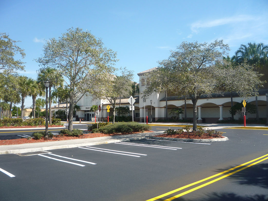 Seal Stripe at Walmart 3801 Turtle Creek Dr