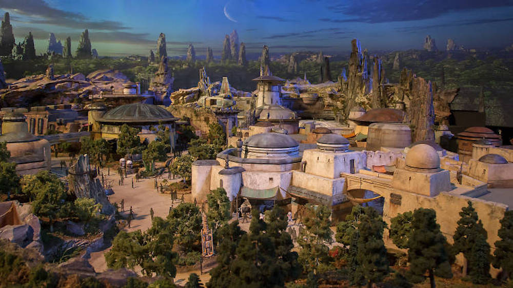 "Die perfekte Illusion in Disney's ""Star Wars: Galaxy's Edge"""