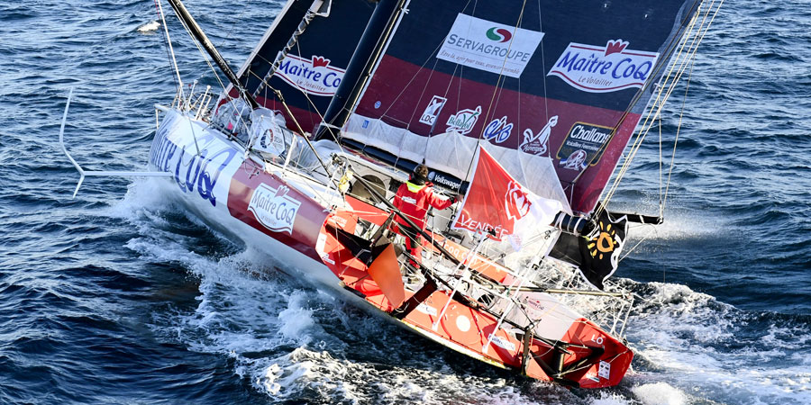 Photo of Podium is complete: Jérémie Beyou, Maître CoQ takes third place in the Vendée Globe
