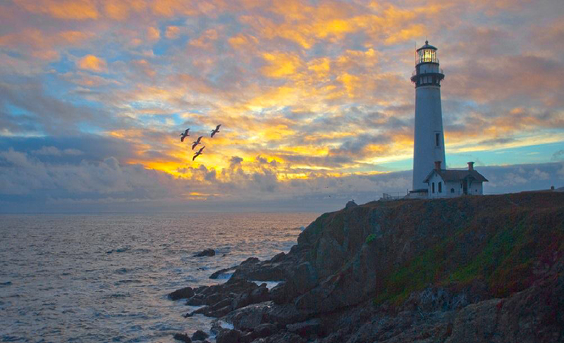 7 Lighthouses in USA pigeon point