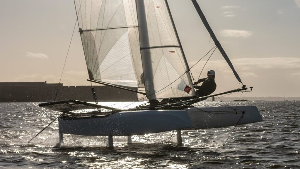 befoil 16 sport flying catamaran