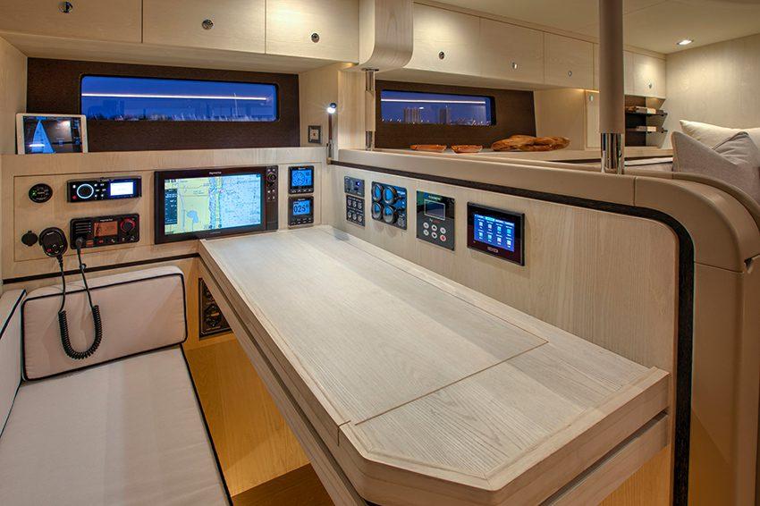 Hylas h60 interior